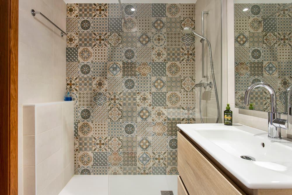 Ducha con mosaico