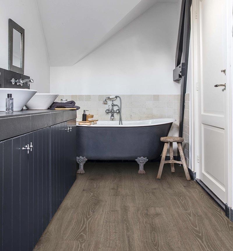Pinta los muebles del baño para renovar su aspecto