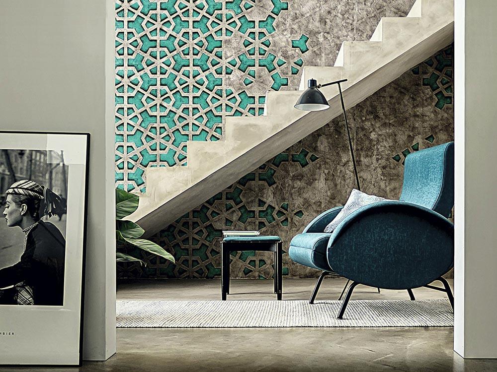 papel pintado vinílico con motivos de revestimientos geométricos y textura de cemento.