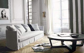 sofa y mesa redonda