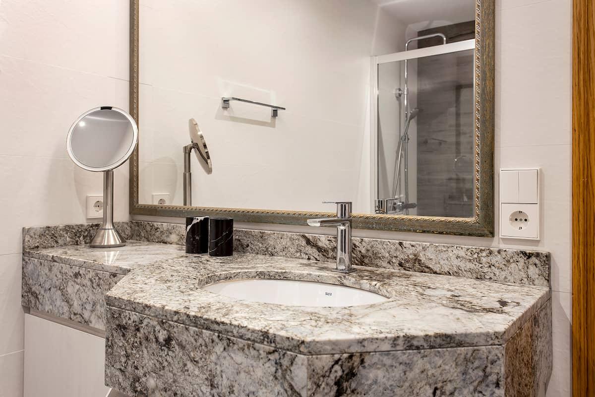 Encimera de baño estilo mármol