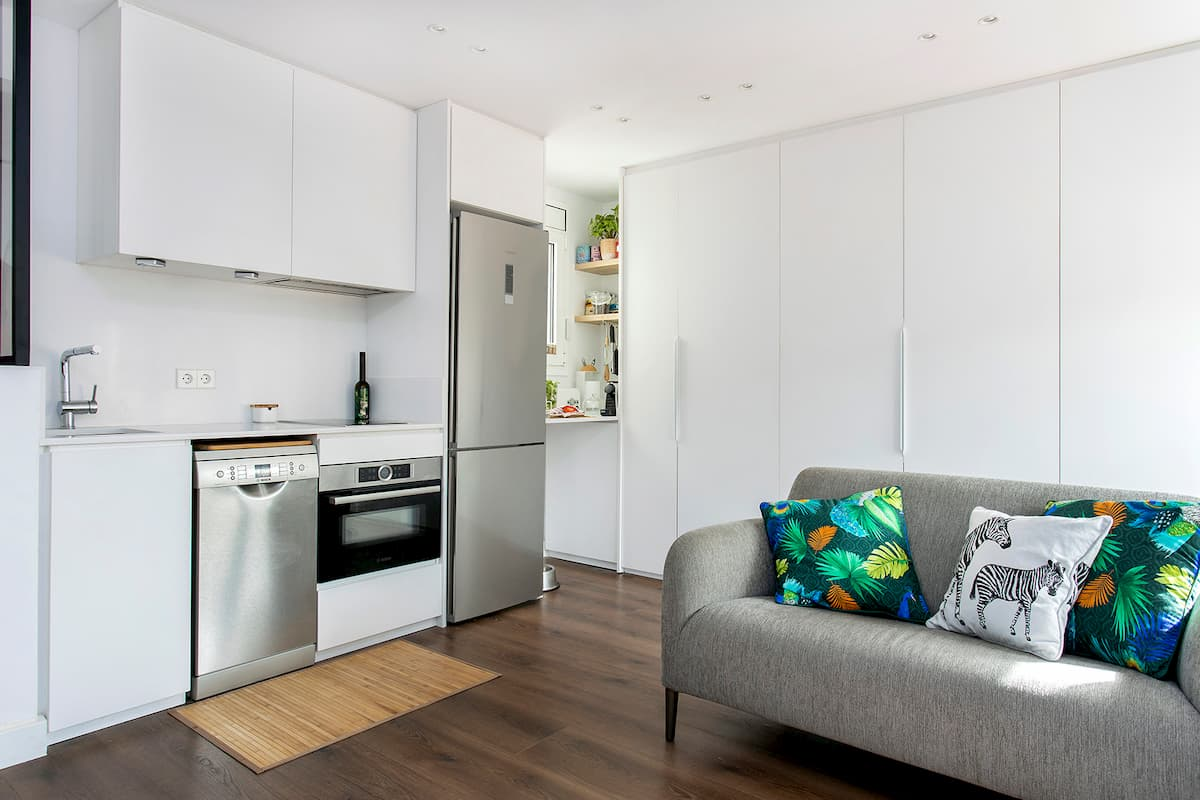 cocina y sofá
