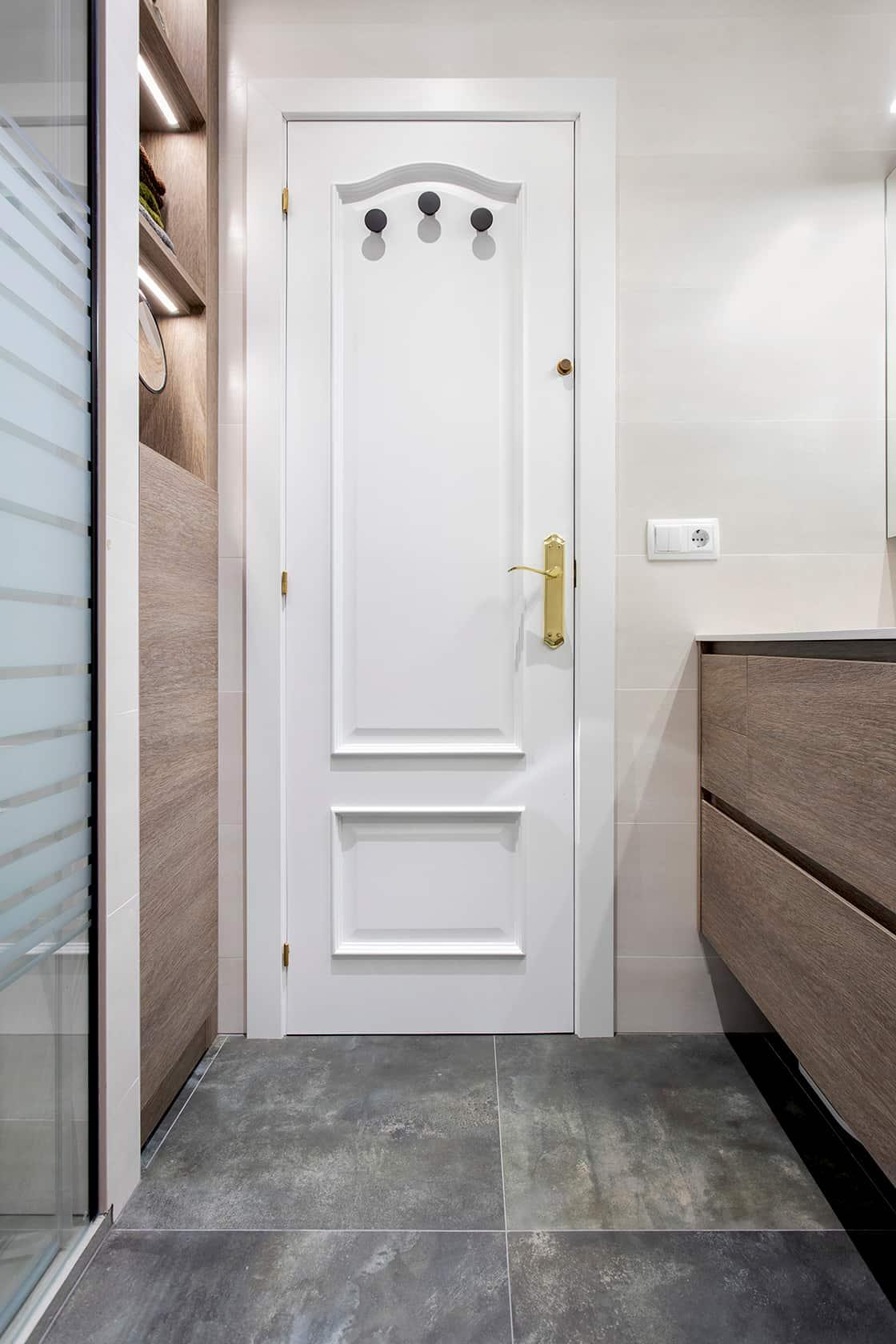 puerta de baño