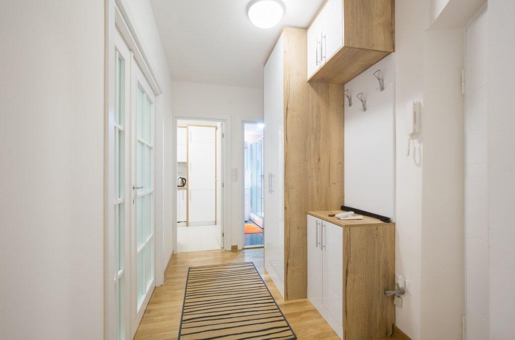 Ideas de muebles para pasillos estrechos