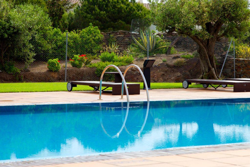 Tendencias para decorar la piscina