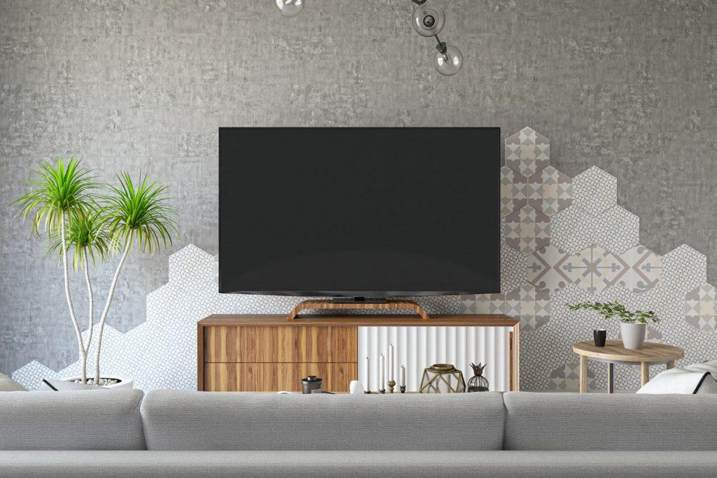 Decorar el salón con la televisión en la pared