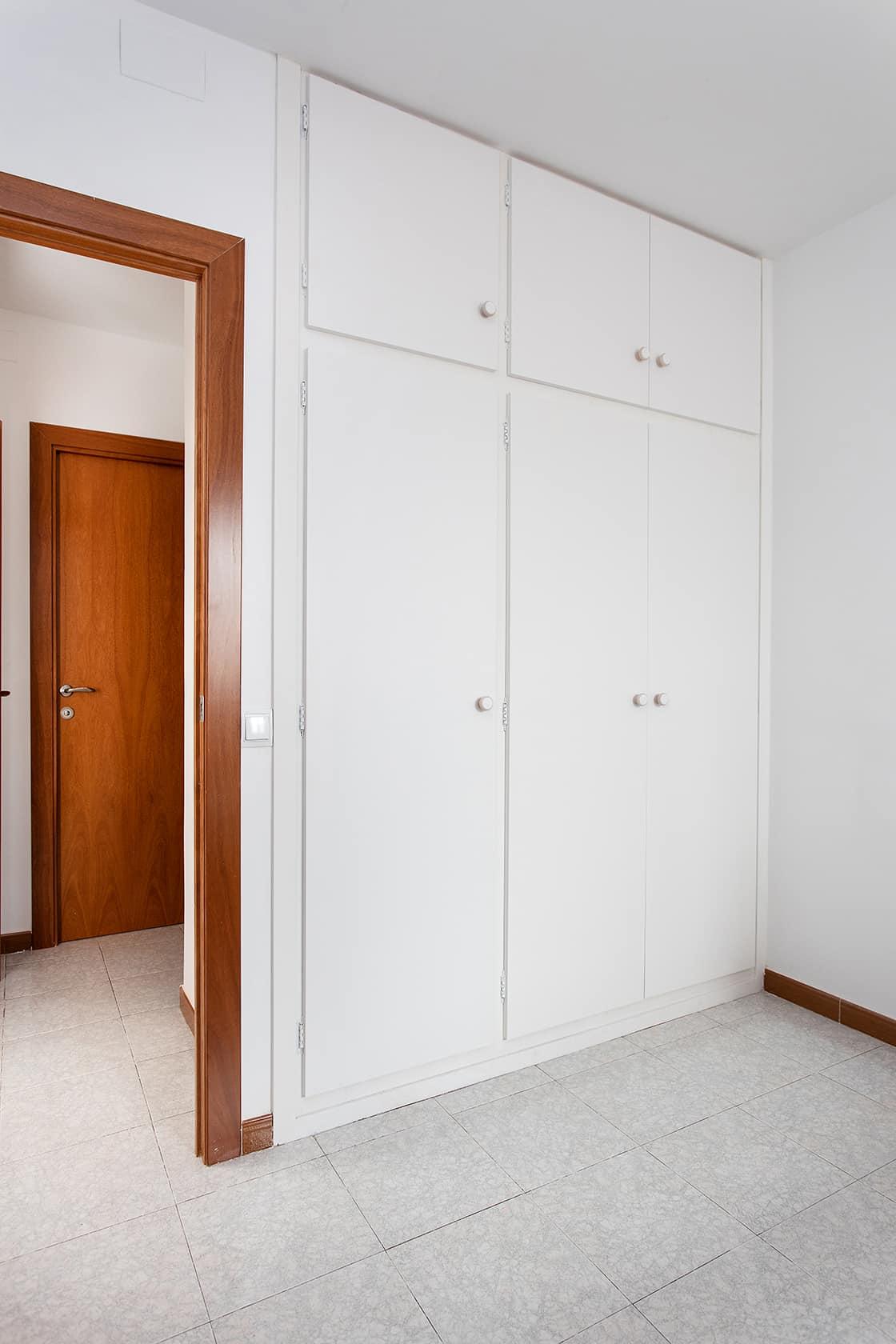 armarios blancos