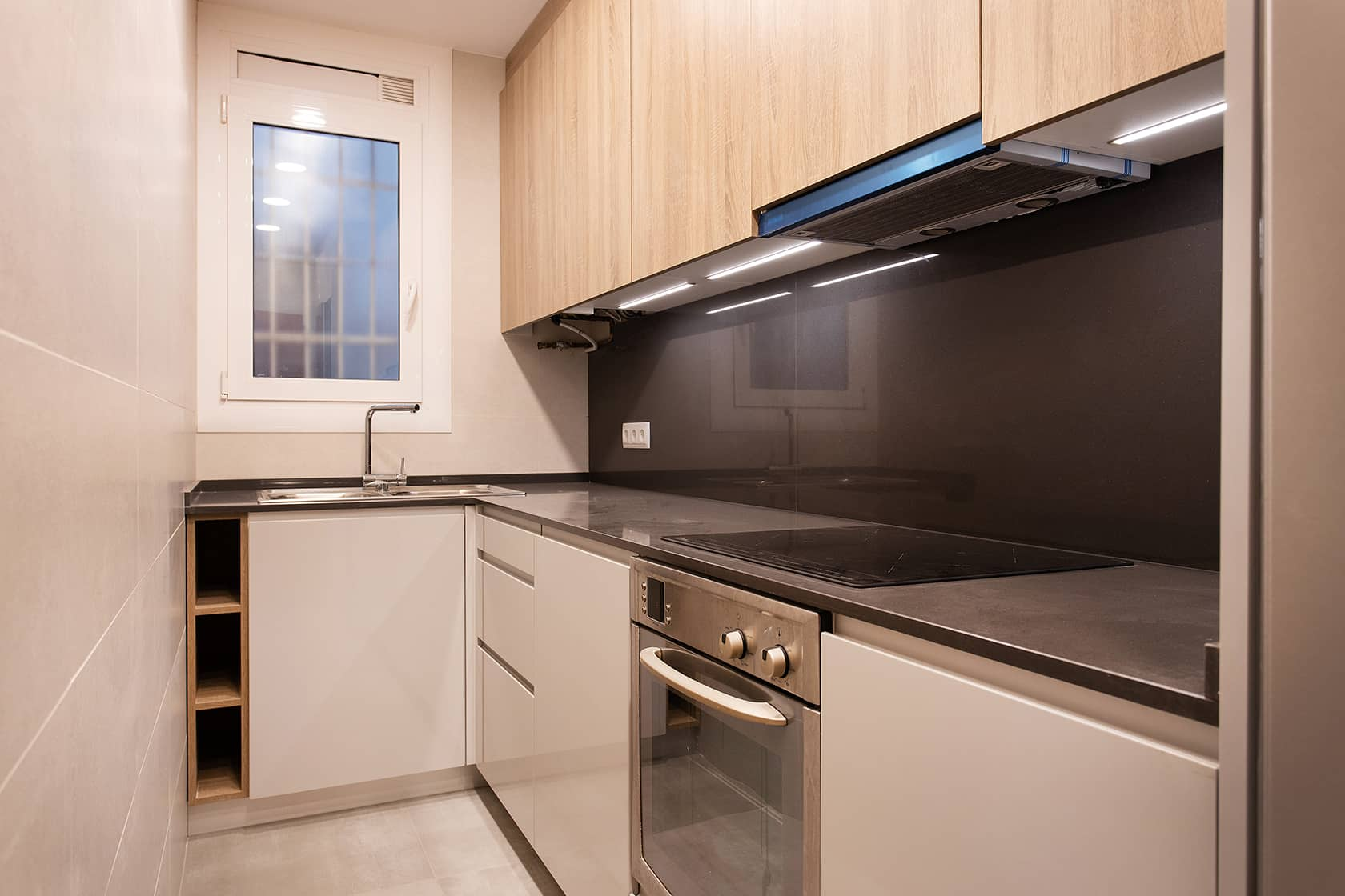 cocina reformada en metalizado