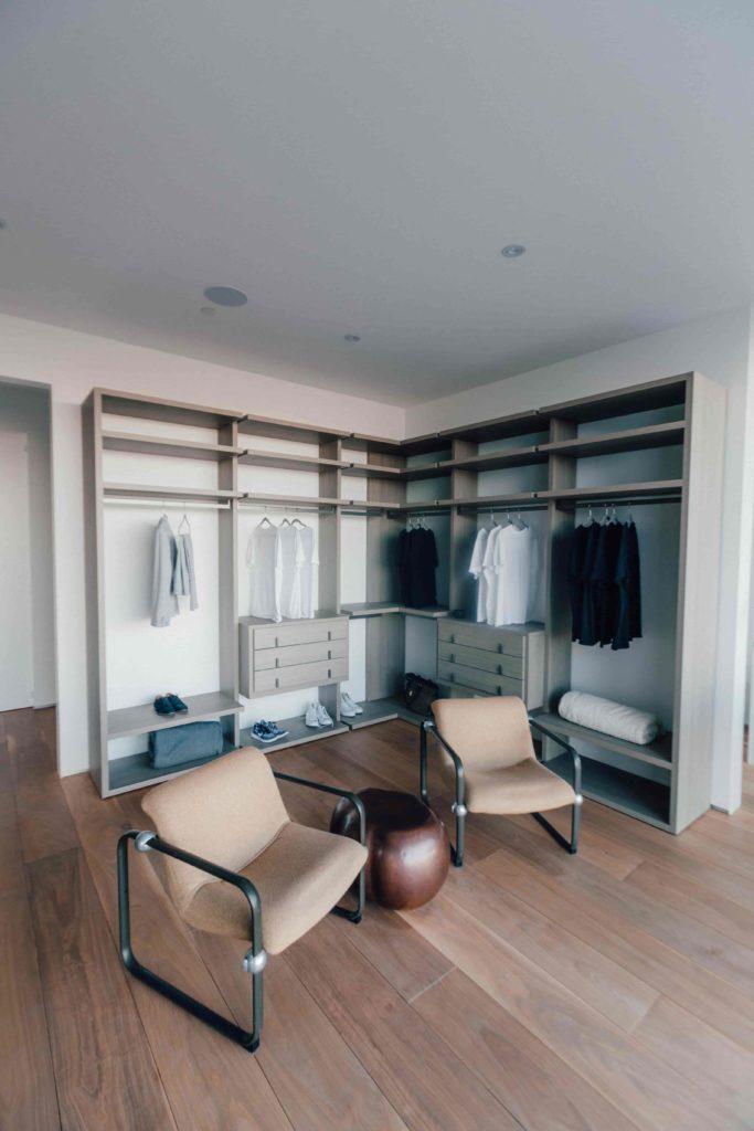 Vestidores abiertos: ideas para crear un vestidor original